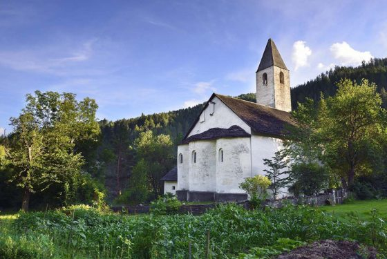 Kirche Mistail Alavschein- Kultur im Parc Ela